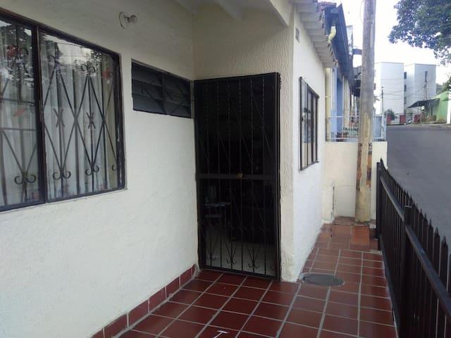 Acogedora y Tranquila Casa quinta en Piedecuesta