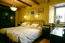 Habitación doble: 2 camas de 90 cm