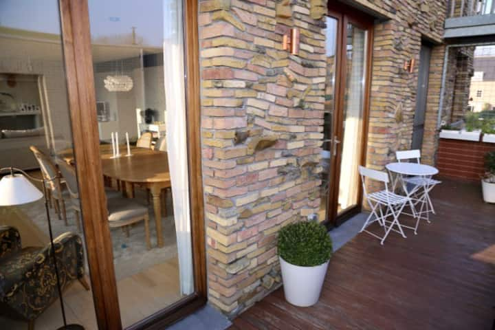 Spacious townhouse near Antwerp - full privacy