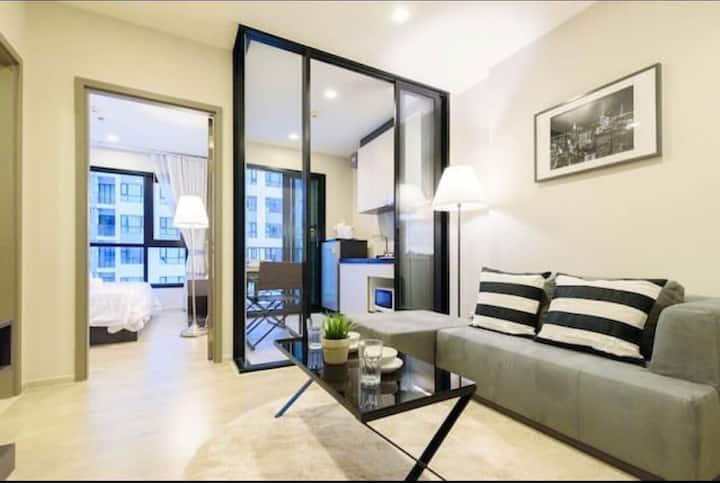 A5芭提雅The base海景一居室公寓,带无边泳池,健身房,儿童房。毕业旅行和度蜜月的好去处