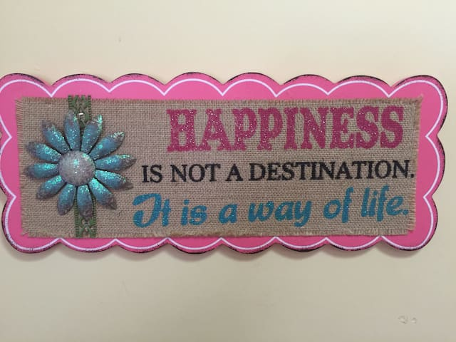 Happyness 1BR