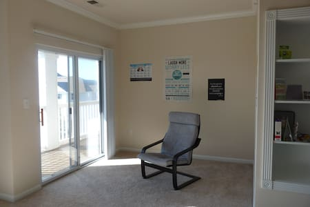 Sunny and secured apartment! - Ashburn