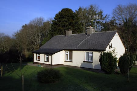 Peaceful & Relaxing, Country Cottage - Nenagh