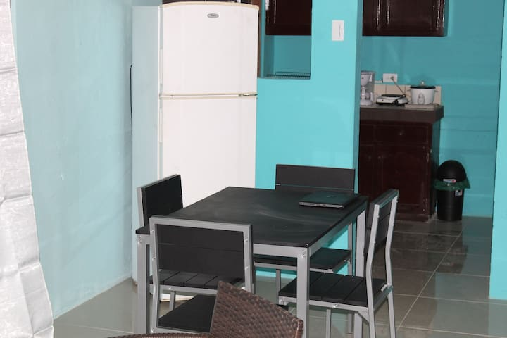 Puntarenas Apartment, 5 minutes Doña Ana beach - Provincia de Puntarenas - Apartment