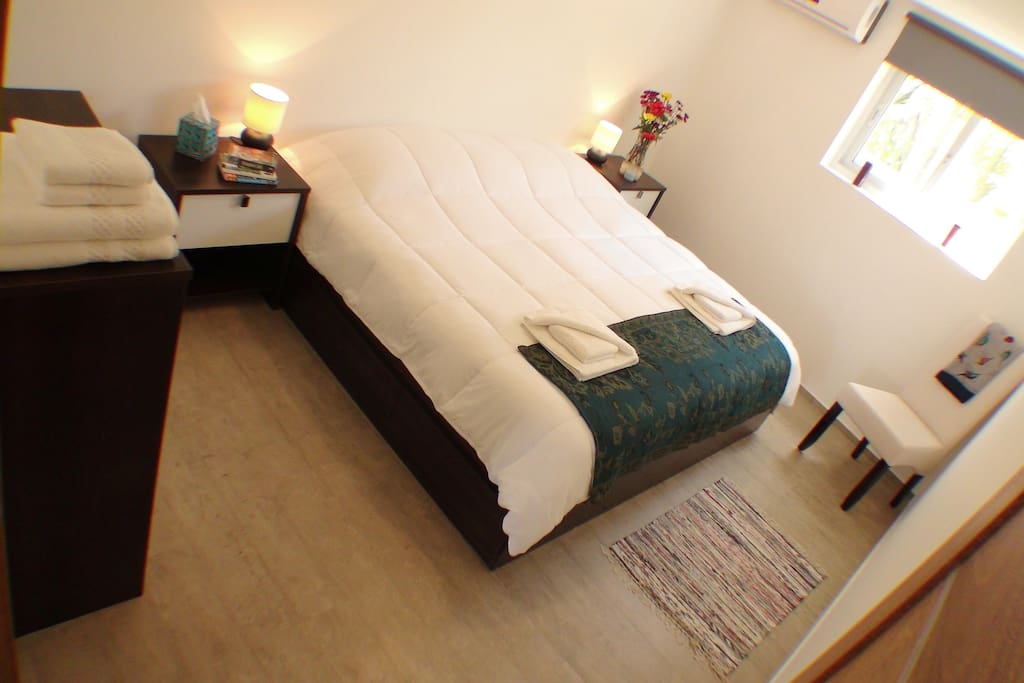 Bedroom 1 - with King size bed or 2 twin beds