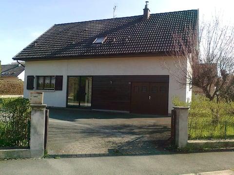 Confortable Maison 90 m2 + terrasse