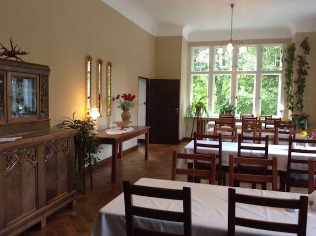 Pokój jednoosob. w Pałacu Myśliwski