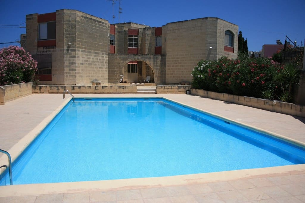 Apartment With Pool Close To Beach Apartments For Rent In Bahar Ic Caghaq Malta