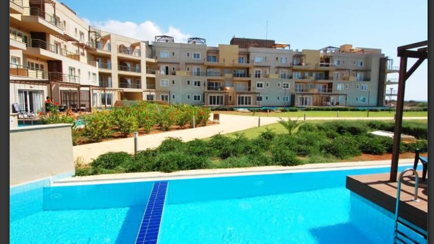 Beautiful 3bd  flat w/private pool - Bafra - Apartment