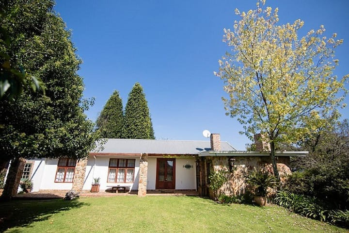 Situated in the picturesque village of Dullstroom