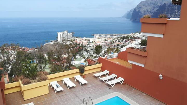 Nice apartment-with ocean- mount view, pool, Wifi!