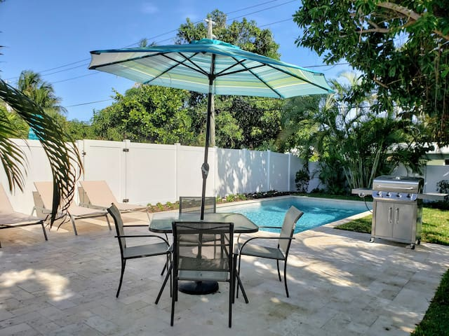 Backyard with Your Private Pool, Chaise Lounges and BBQ