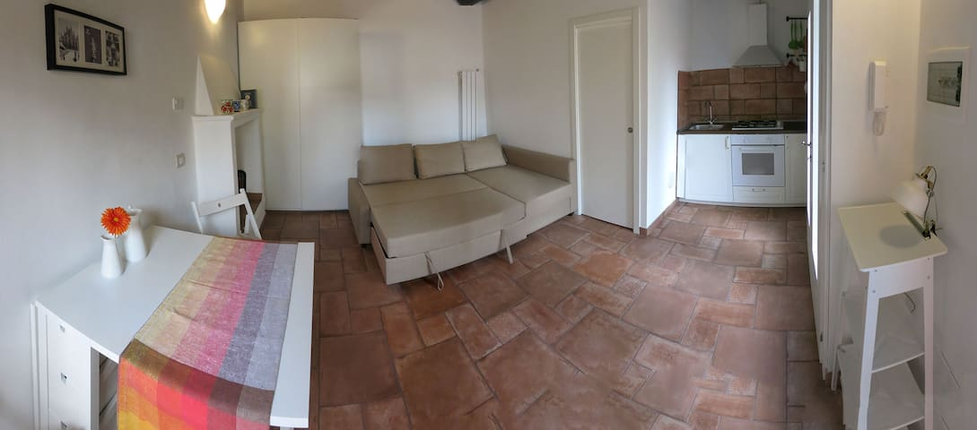 Flat in center of Milan (Isola)