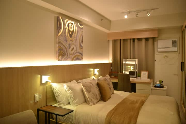 1BR Shore Residences Tower C : Mall of Asia, Pasay