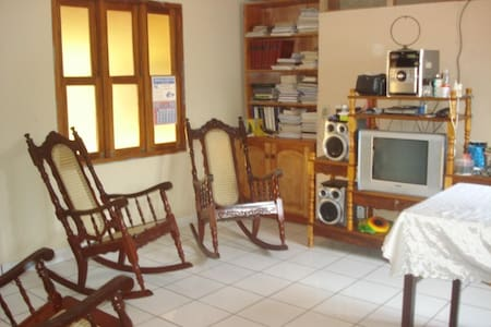Rent Furnished Apartment - Dolores - Wohnung