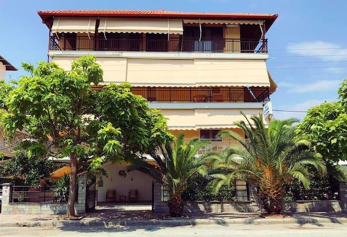 Villa Antigoni #room2