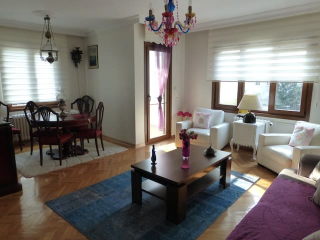 Perfect Location on Bagdat Avenue - Kadıköy - Apartament