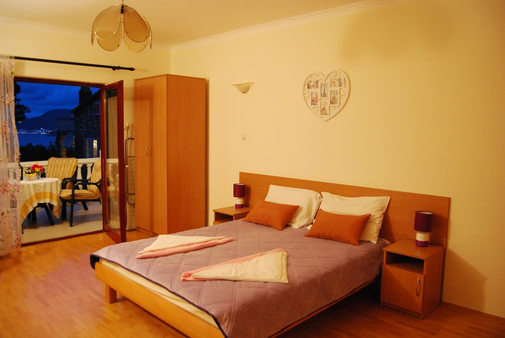 room with double bed with possibility to put additional bed