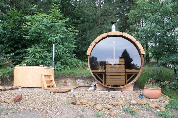 Cozy Attic room, Hills & Forest views + Free Sauna