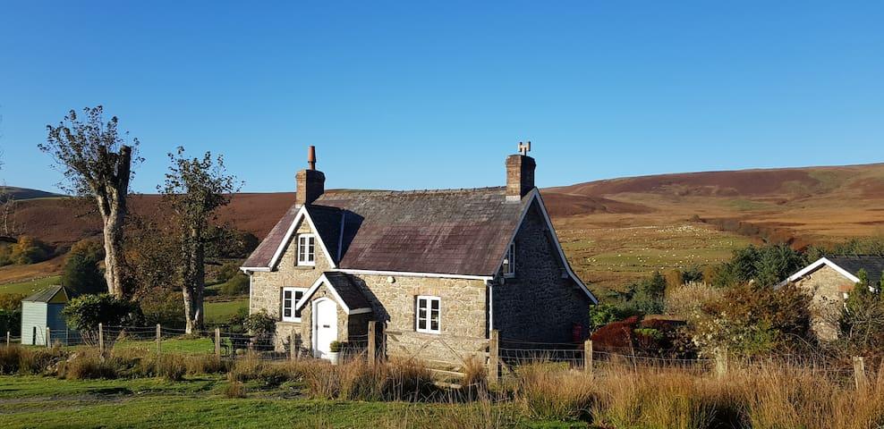 Little Pudding Cottage