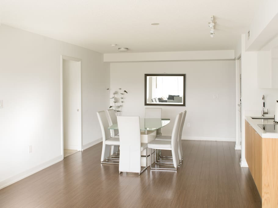 Beautiful downtown 3 bedroom condo apartments for rent - 3 bedroom apartments for rent toronto ...