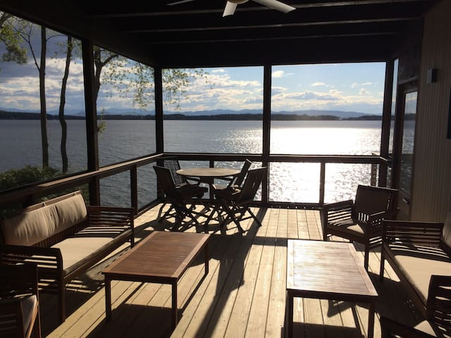 4BR Burlington Lakefront Home Private Lake Access!