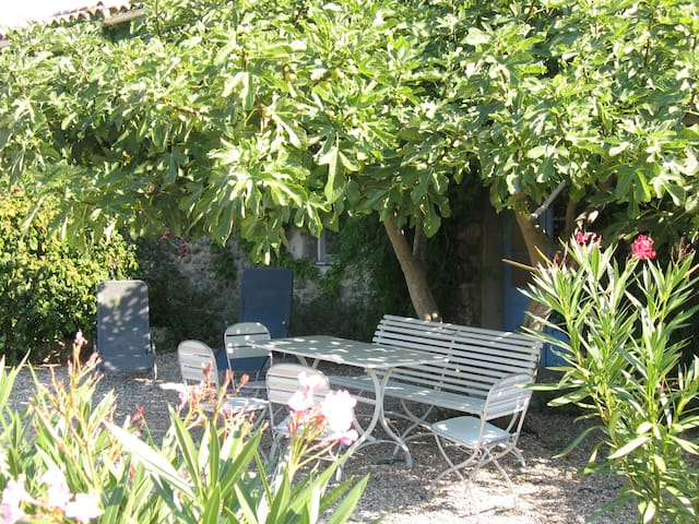 Le Milieu, La Roque Paradis - Saint-Ambroix - Apartamento