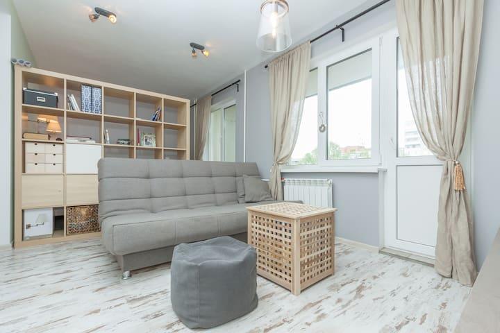 Quiet and cozy apartment in Eka - Iekaterinburg - Pis