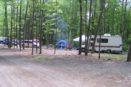 Campsite with full hookups - for RV/camper/tent