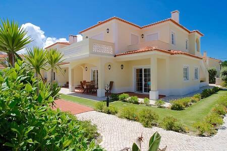 Sunny Praia del Rey Apartment - Amoreira - Casa