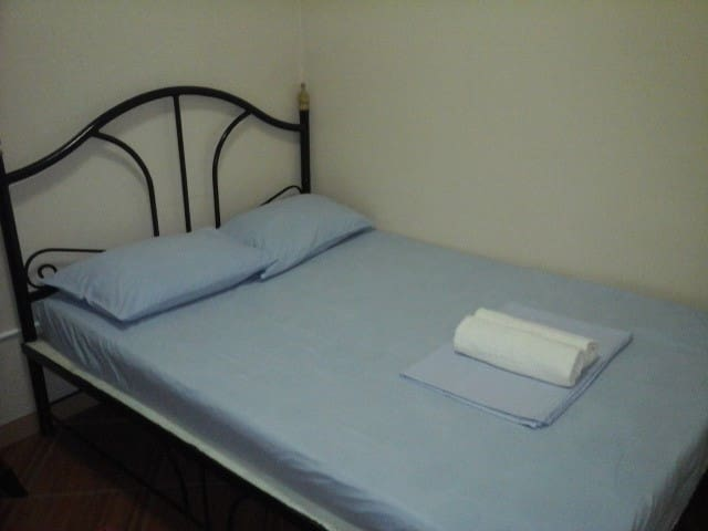 rooms for rent @ Valencia,neg. or.
