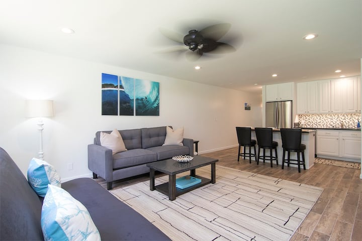 Modern & clean condo  at Turtle Bay