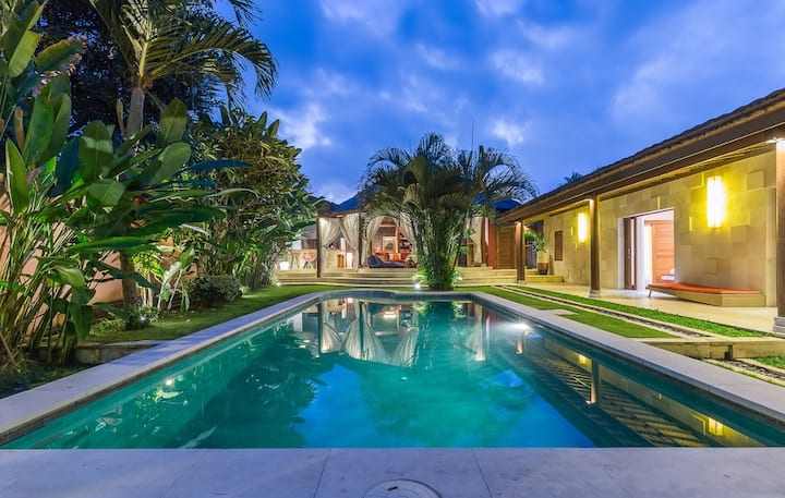 Villa Pilou in the real Bali, bed and breakfast 2
