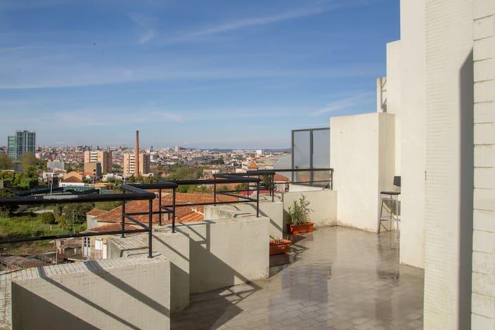 Penthouse a ver o Porto