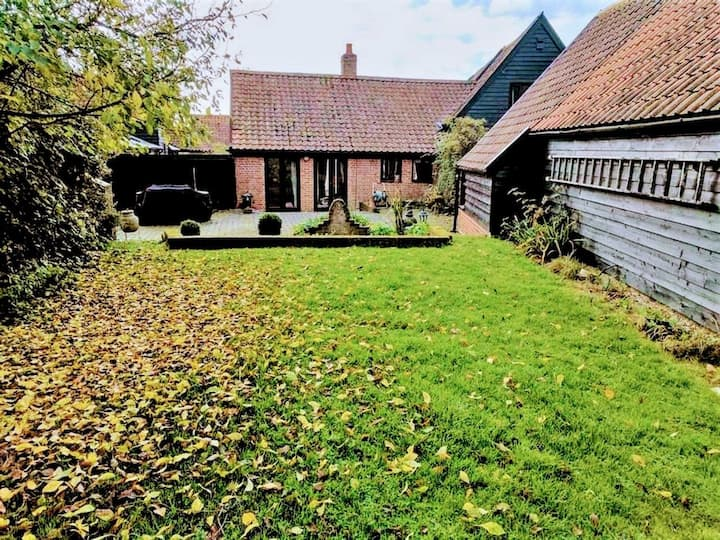 Idyllic barn conversion, discounts for party of 6!