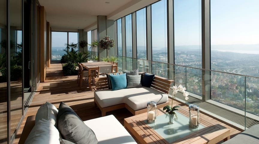 DELUX SAPPHIRE RESIDENCE WITH FULL BOSPHORUS VIEW