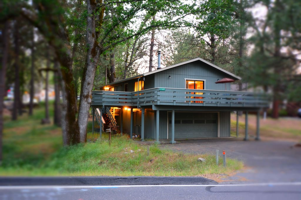 Villa by the woods in Pine Mountain Lake