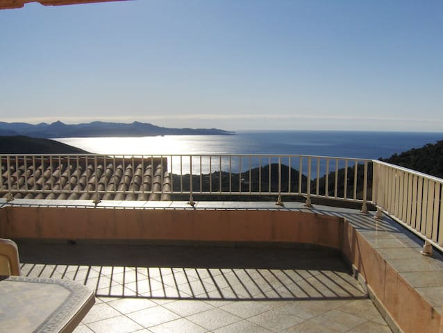Magnifique maison corse vue mer - Farinole