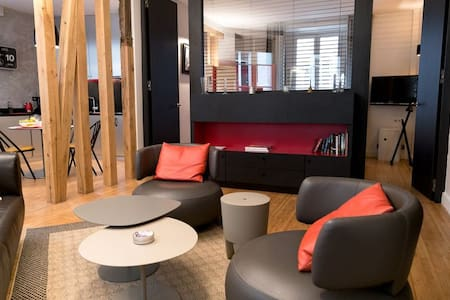 Modern Champs Elysees One Bedroom - Paris - Apartemen