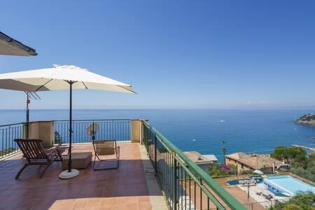 Attico in villa vista mare, Sori (Golfo Paradiso)