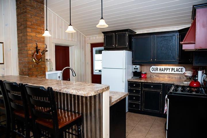 Ranch House - Breakfast Bar