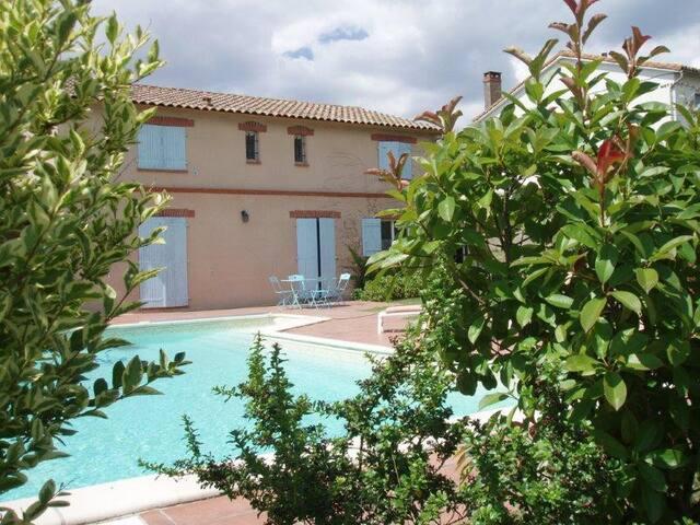 Belle Toulousaine avec piscine - Grisolles - Huis