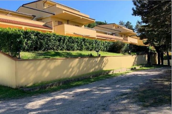 Balmy Holiday Home in Castel Rigone with Swimming Pool