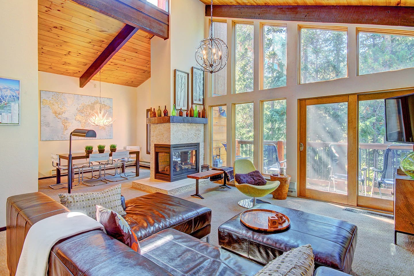 Tannenbaum by the River - a SkyRun Breckenridge Property - Spacious living room with gas fireplace, TV, lofted ceilings
