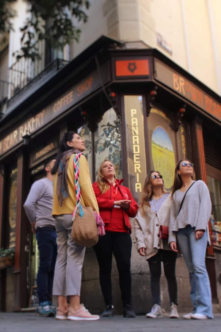Explore charming Barrio de las Letras