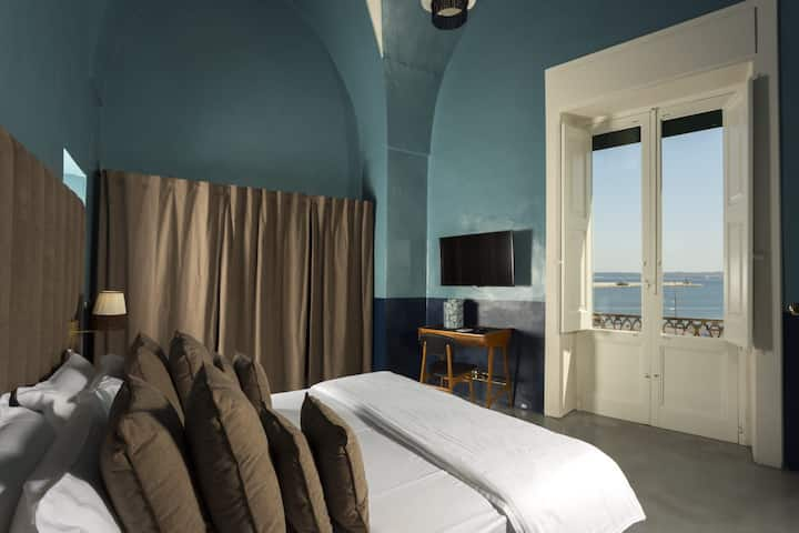 Palazzo Colombo -Suite Superior Sea View