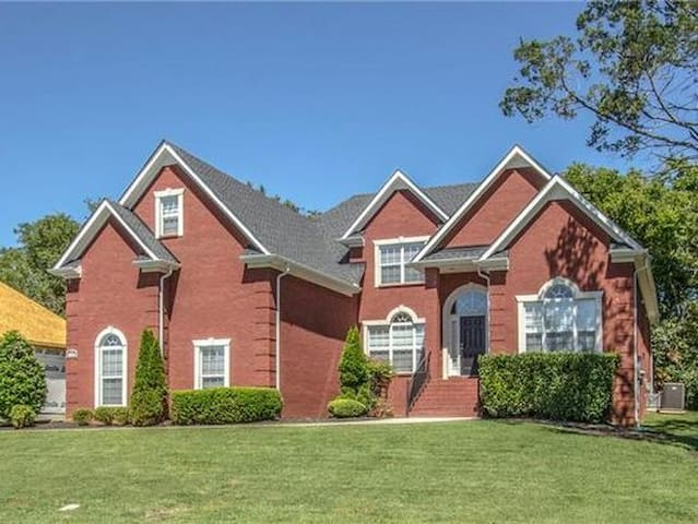 Executive Home in Murfreesboro