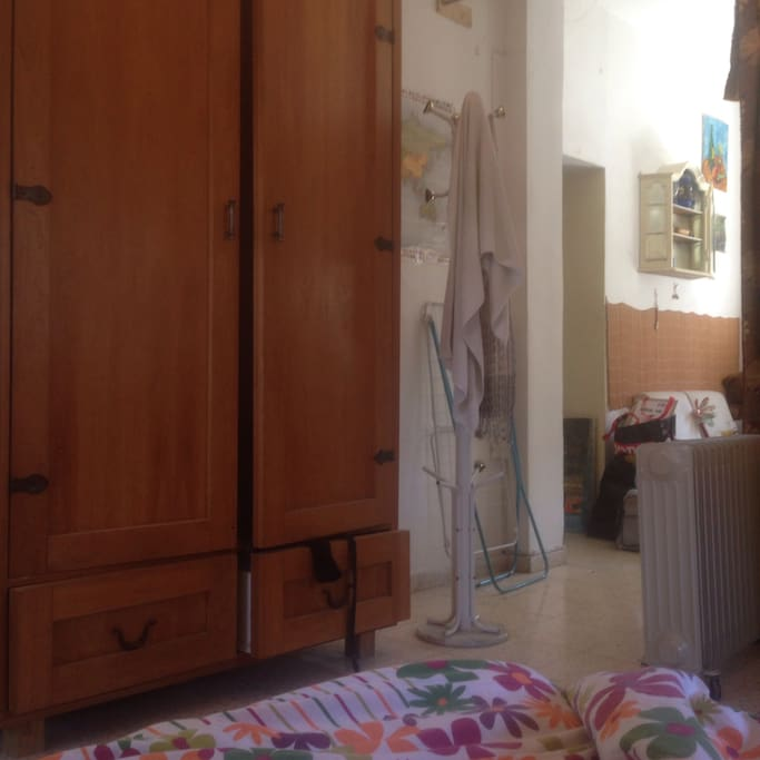 The closet and the enterance to the room