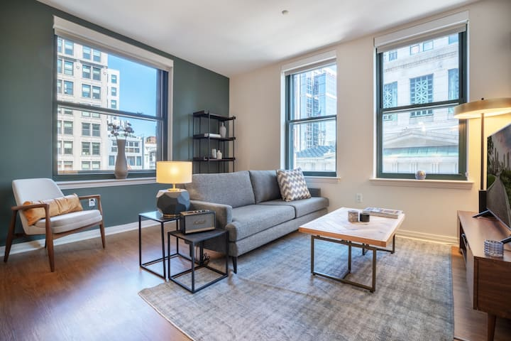 Ideal Downtown 1BR w/ W/D, Doorman, near Chinatown T, by Blueground