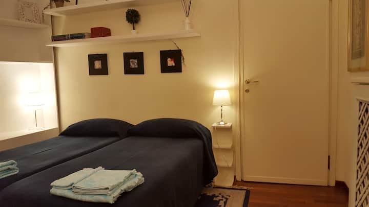 B&B Blu Escorial - comoda stanza con bagno privato